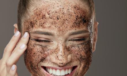 Scrub viso pelle mista?Ecco alcuni rimedi naturali Fai da te