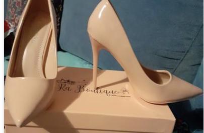 """La scarpa che non deve mai mancare? décolleté """"Nude"""" Mon amour"""