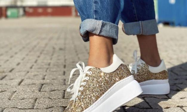 Sneakers a portata di click: i modelli di tendenza da comprare online low cost.