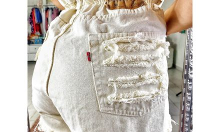 Jeans strappati e short a caramella vintage  come e quando  indossarli: